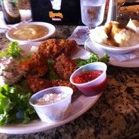 Das Foto wurde bei Little Pete's von Eat Drink & Be Philly o. am 10/12/2013 aufgenommen