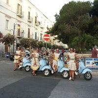 Photo taken at Corso Lorenzo Fazzini by Dolce&Gabbana on 8/5/2013