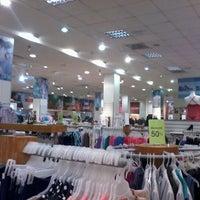 Foto tirada no(a) C.C. RioCentro Sur por Ronald P. em 12/15/2012