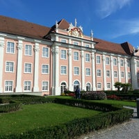Photo taken at Neues Schloss by Frank H. on 10/13/2013