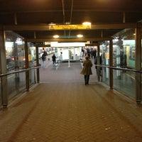 Photo taken at East Croydon Railway Station (ECR) by Rhammel A. on 3/13/2013