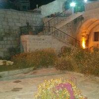 10/18/2015 tarihinde Zeynep A.ziyaretçi tarafından Ortahisar Cave Hotel'de çekilen fotoğraf