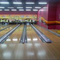 3/16/2013 tarihinde Burhan B.ziyaretçi tarafından Forum Bowling'de çekilen fotoğraf