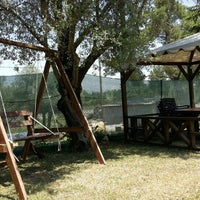 5/15/2015 tarihinde Fırat Ç.ziyaretçi tarafından Aves Bıldırcın Restaurant'de çekilen fotoğraf