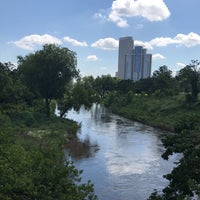 Photo prise au Buffalo Bayou Walk par Cristina le8/20/2017