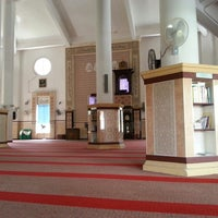 Photo taken at Masjid Al-Ehsan Sg Pelek by Saifullah S. on 2/14/2013