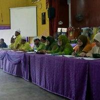Photo taken at Sekolah Agama Menengah Rawang (SAMER) by Hjh Norhasimah H. on 1/21/2017
