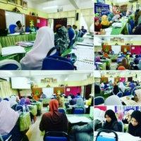 Photo taken at Sekolah Agama Menengah Rawang (SAMER) by Hjh Norhasimah H. on 12/27/2016