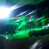 Foto tirada no(a) Ulu Resort Hotel Night Club por Göksel E. em 5/19/2017