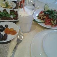 Photo taken at Edeler Restaurant by Emrah Hülya P. on 6/25/2015