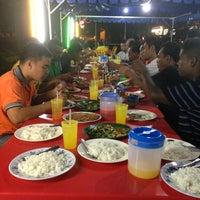 Photo taken at Kedai Makan & Minum Kak Nab by thaqif b. mohd isa on 8/22/2013