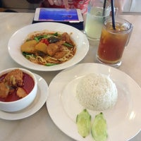 Photo taken at Hailam Kopitiam by Andy S. on 1/1/2014
