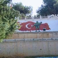 Photo taken at Eski Mezitli Şehitlik Anıtı by Ali K. on 10/13/2015
