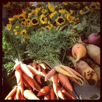 Photo prise au Boulder Farmers' Market par Grace B. le9/15/2012
