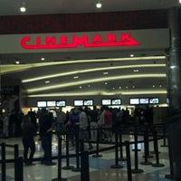 Foto tirada no(a) Internacional Shopping Guarulhos por Eduardo N. em 11/18/2012