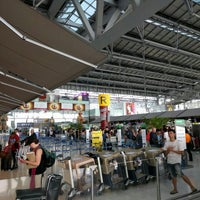 """Photo taken at Check-In Row """"R"""" by Guangwei F. on 5/3/2016"""