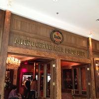 Photo taken at Dado Bier Restaurante by Rodrigo G. on 9/29/2012