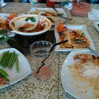 Photo taken at Restoran Thai Tom Yam Kung by Syamimi A. on 11/3/2016