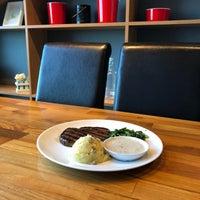 Foto diambil di Steak Hotel by Holycow! oleh Erlina Sinta D. pada 9/22/2018