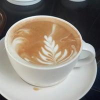 3/14/2013 tarihinde Mustafa S.ziyaretçi tarafından Starbucks'de çekilen fotoğraf
