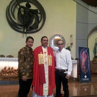 Photo taken at Gereja St. Matius Penginjil by Warouw I. on 12/19/2015