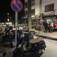 รูปภาพถ่ายที่ Overdose Coffee 3rd Wave Coffee Shop & Roastery โดย Serhat S. เมื่อ 2/3/2016
