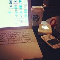 Photo prise au Starbucks par Albert W. le1/29/2013
