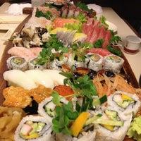 Foto tirada no(a) Sendai por Miguel K. em 10/20/2012