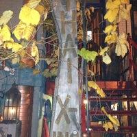 Das Foto wurde bei Thai X-ing von Paula T. am 12/10/2012 aufgenommen