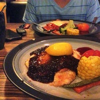 Photo taken at Heidi's Family Restaurant by Tyna S. on 9/7/2014