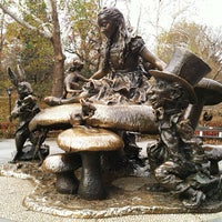 Photo taken at Alice in Wonderland Statue by Maribel P. on 11/25/2012