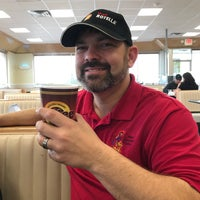 Photo taken at Braum's Ice Cream & Dairy Stores by Steven G. on 4/30/2017