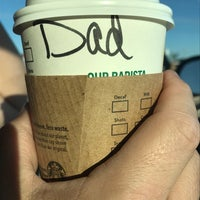 Foto diambil di Starbucks oleh Steven G. pada 8/24/2017