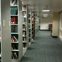Photo taken at Knight Library by Edward M. O. on 10/13/2012