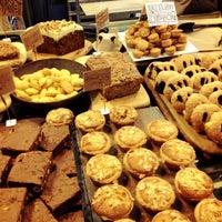 Photo taken at E5 Bakehouse by Al P. on 11/10/2012