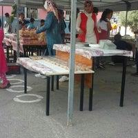 Photo taken at Dumanlar İlköğretim Okulu by İkra Derin A. on 5/13/2016