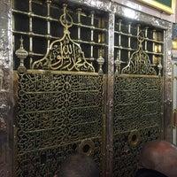 Photo taken at Masjid Khaleel by 🎶🎶🎶Ferit🎶🎶🎶 ?. on 3/26/2016