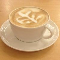 1/9/2013 tarihinde Aylin S.ziyaretçi tarafından Starbucks'de çekilen fotoğraf