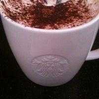 Das Foto wurde bei Starbucks Reserve von Laure L. am 10/21/2012 aufgenommen