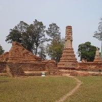 Photo taken at วัดโพธิ์ประทับช้าง by SAVEMYLIFE on 3/22/2014