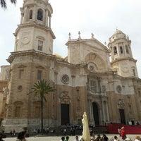 Foto tomada en Catedral de Cádiz por Alexei B. el 4/26/2013