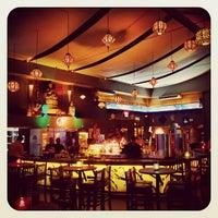 Das Foto wurde bei Taj Bar von Daud P. am 10/18/2012 aufgenommen