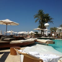 Foto tomada en Destino Pacha Ibiza Resort por Juan José G. el 8/19/2013