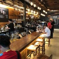 Das Foto wurde bei Starbucks Reserve von Steven W. am 7/31/2018 aufgenommen