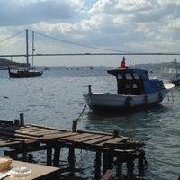 Photo taken at Tarihi Çınaraltı Aile Çay Bahçesi by Tuğba on 9/21/2013