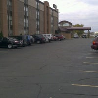 Photo taken at Radisson Hotel Minneapolis St. Paul North by Rorie H. on 10/28/2012