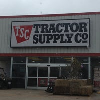 Photo taken at Tractor Supply Co. by Matthew E. on 11/21/2013