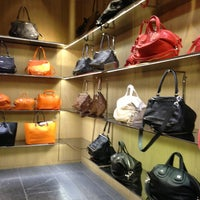 2/8/2013にFaithがBarneys New Yorkで撮った写真