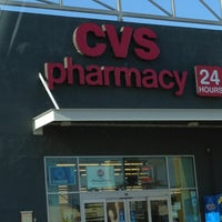 Photo prise au CVS Pharmacy par Edz R. le5/15/2013