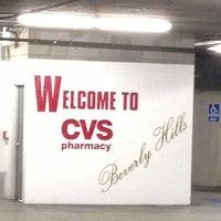 Photo prise au CVS/pharmacy par Edz R. le12/15/2012